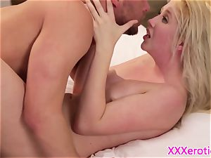 girlfriend beauty pussyfucked by her stud