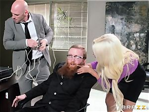 Bank robbing babe Bridgette B pounds in front of the boss