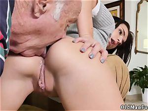 elderly grandfather jizz shot girl internal ejaculation railing the senior manmeat!