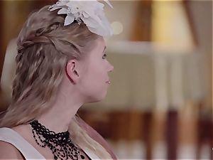 PINUP hump - super-cute Czech ash-blonde likes sensual plow