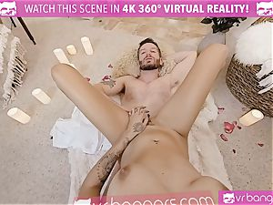 VR porno - Thanksgiving Dinner becomes kinky pulverizing