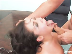 chinese ultra-cutie London Keyes gets an office pulverize