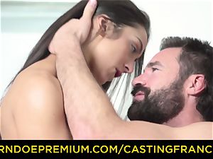 casting FRANCAIS - fledgling sweetheart pounded and jizz coated