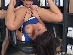 Married stud screws lusty hairdresser Rachel Starr in front of his wife