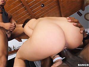 massive ebony threesome for Sara Luvv