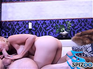 Sarah Vandella deep-throating and drilling a ginormous pipe