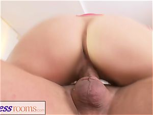 sport apartments fucky-fucky thirsty light-haired Russian cougar suck