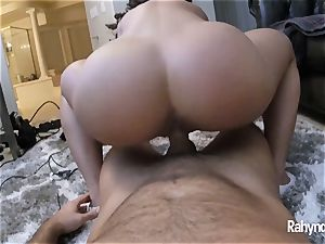 Rahyndee James red-hot butt In Your Face HD