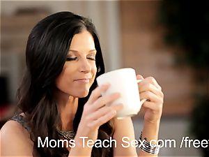 teen duo bangs super-hot mom
