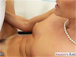 hottie India Summer wants a junior man rod to satiate her