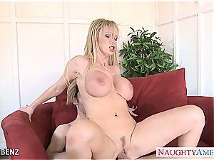 big-boobed platinum-blonde honey Nikki Benz pound