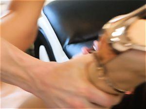 Lana Rhoades slides that hard manmeat into her sizzling minge