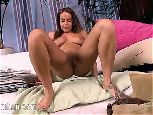 Rahyndee James loves to have fun with her splendid beaver