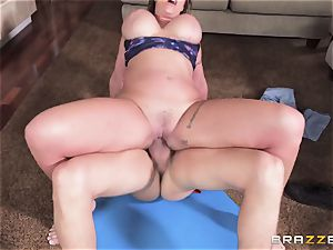 Eva Notty covets additional cum topping from pizza guy