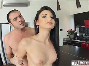 Allinternal sexy stunner drips spunk out of her vagina