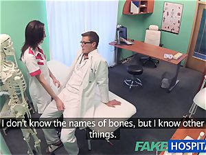 FakeHospital Minx gargles and pulverizes to get a job