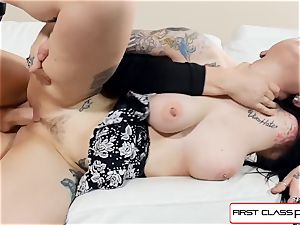 watch Draven starlet blow and pound in point of view a massive rod
