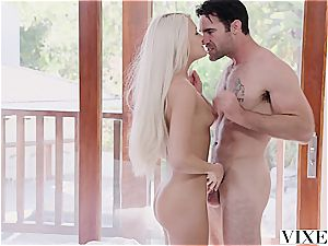 Ashlee Mae gets fucked by a real fellow